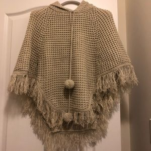 Sweaters - Knitted poncho with hood